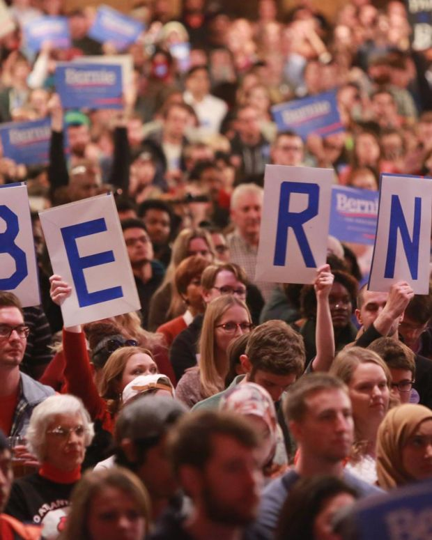 Bernie Sanders crowd