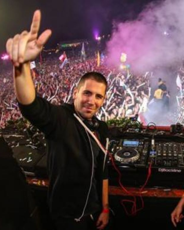 Dimitri Vegas Like Mike .jpg