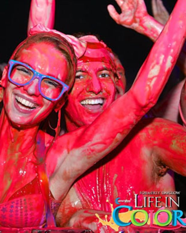 Event Recap: Life In Color at The Shrine Auditorium, Downtown Los Angeles