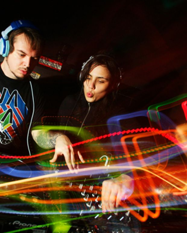 Free Download: Mixhell 30 Minute Techno Mix for Metrojolt