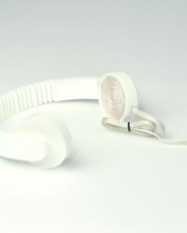 Low-Tech Hi-Fi Headphones