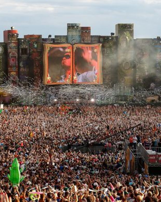 EDM News: ID&T Announces TomorrowWorld Line-Up- Includes A-Trak, Calvin Harris, Ferry Corsten, Laidback Luke, and Tiesto