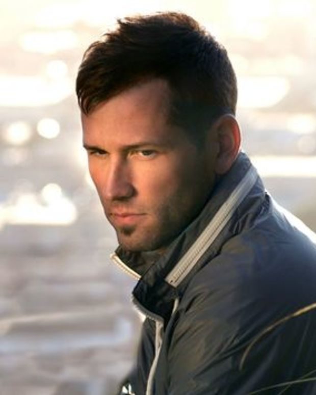 """EDM News: Kaskade Takes You Behind The Scenes For His New Video """"Atmosphere"""""""