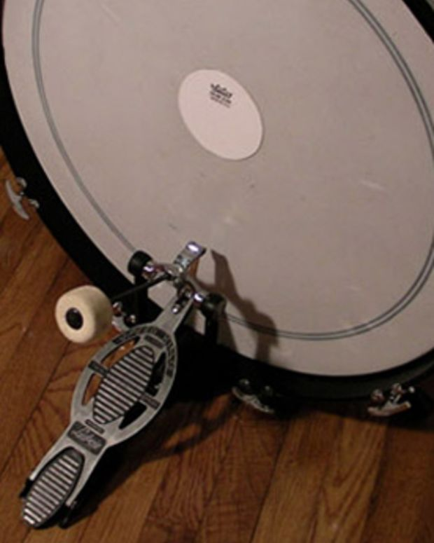 EDM Gear: 4 Steps To Beef Up Your Kick Drum When Producing New Electronic Music