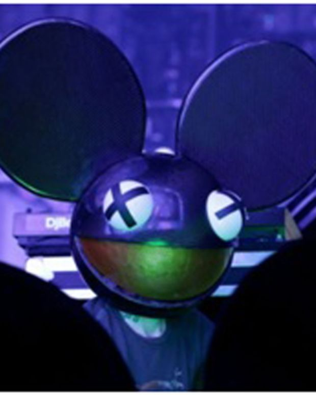 "EDM News: deadmau5 Joins Forces With Astralwerks Records; ""We Are Friends Vol. 2"" To Be 1st Release"