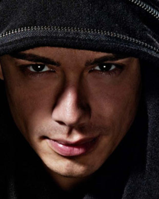 Headhunterz Op-Ed: Should New Electronic Music Acts Compromise Their Sound To Reach A Broader Audience?