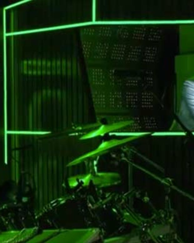 Watch Daft Punk's Rehearsal For Their 2014 Grammy Awards Performance - With A Special Paul McCartney 'Cameo'