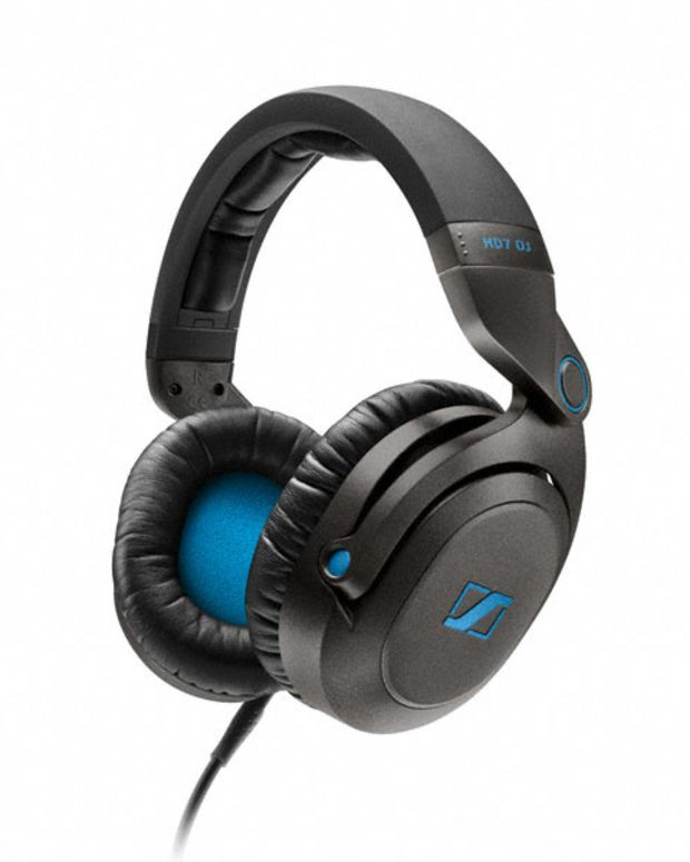 We Review The New Sennheiser HD7 DJ Headphones