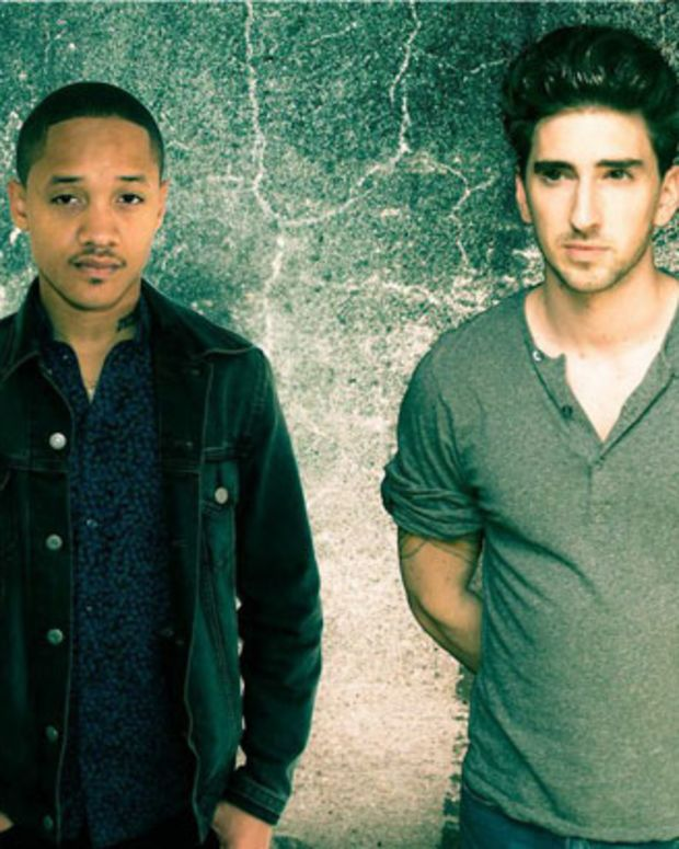 """Premiere: Mickey Cupid """"Oh You"""" (Lyric Video)"""