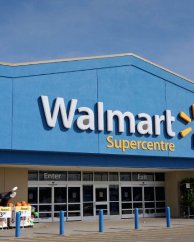Walmart Is Ditching Justin Bieber And Hiring DJs Now. Find Out Why