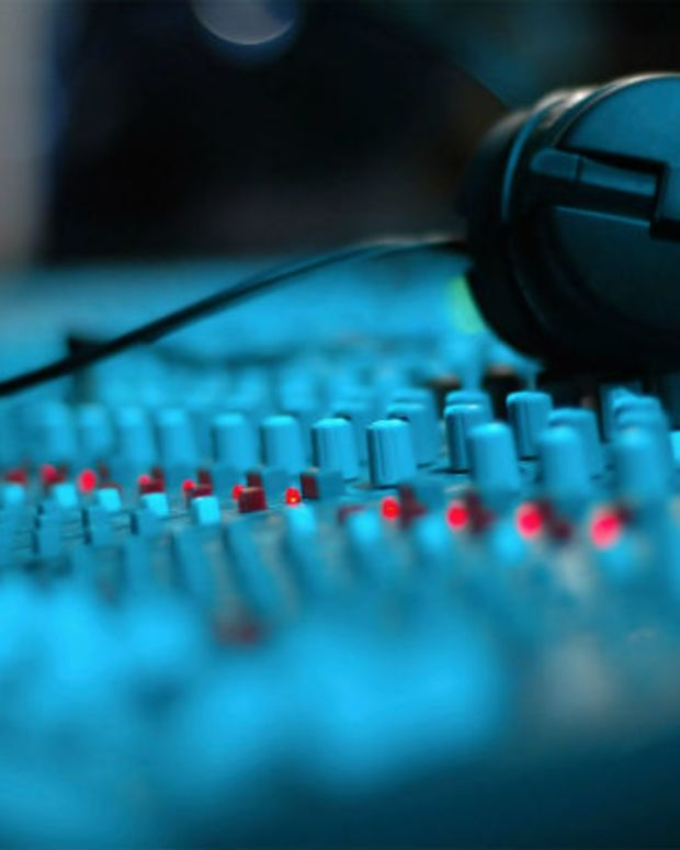 Self-distribution vs Signing to a Music Label: A Guide from DCC Studios
