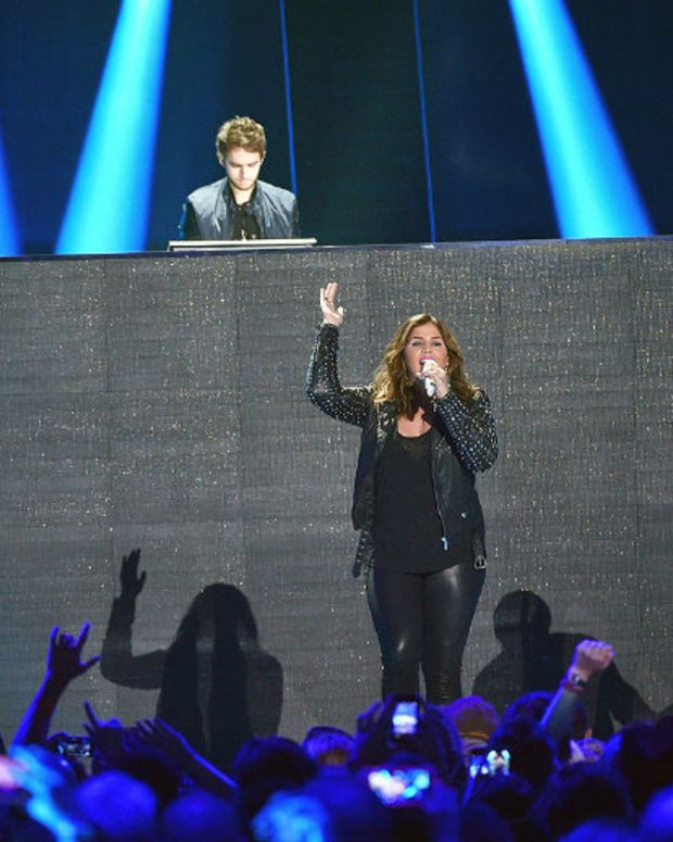 Zedd Performed At The Country Music Awards. It Was Painful