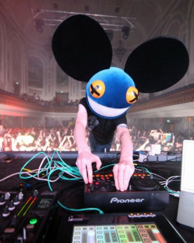 deadmau5 Threatens Legal Action After Copyright Violation