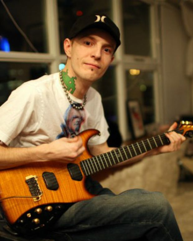 Listen To deadmau5 Play Bass Guitar On Addicting New Track
