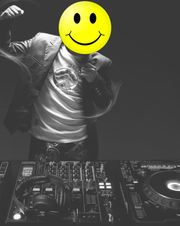 DJ smiley face