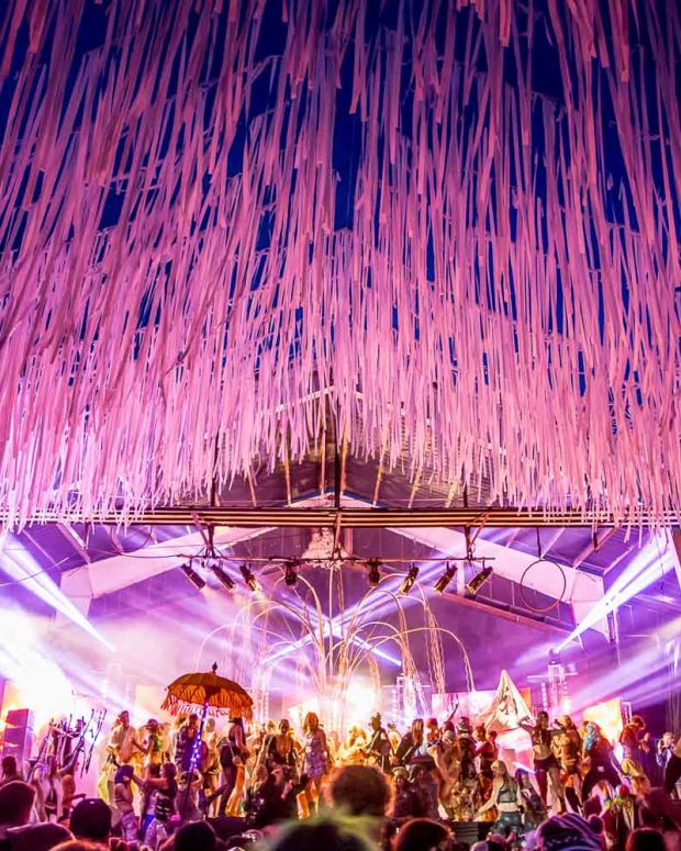 basscoast_stages_and_art_04