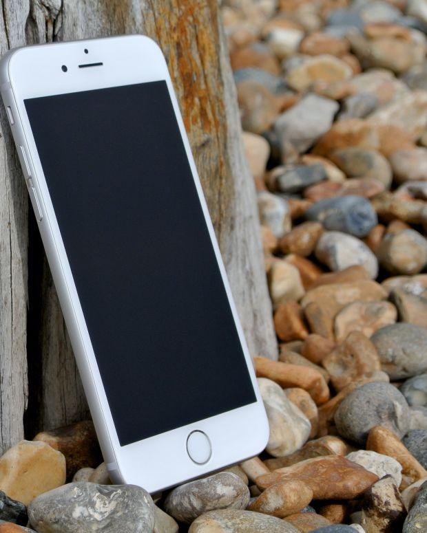 IPhone_6_(front).jpg