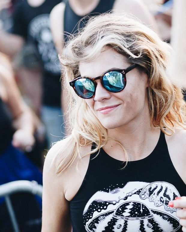 Girl in audience at Dirtybird BBQ: Detroit Belle Isle