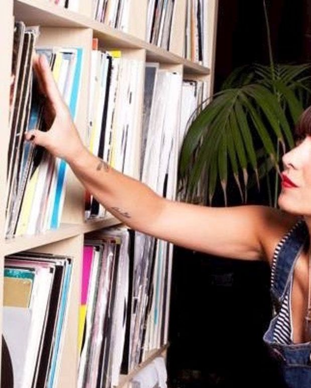 BloodyMary with vinyl records 2016