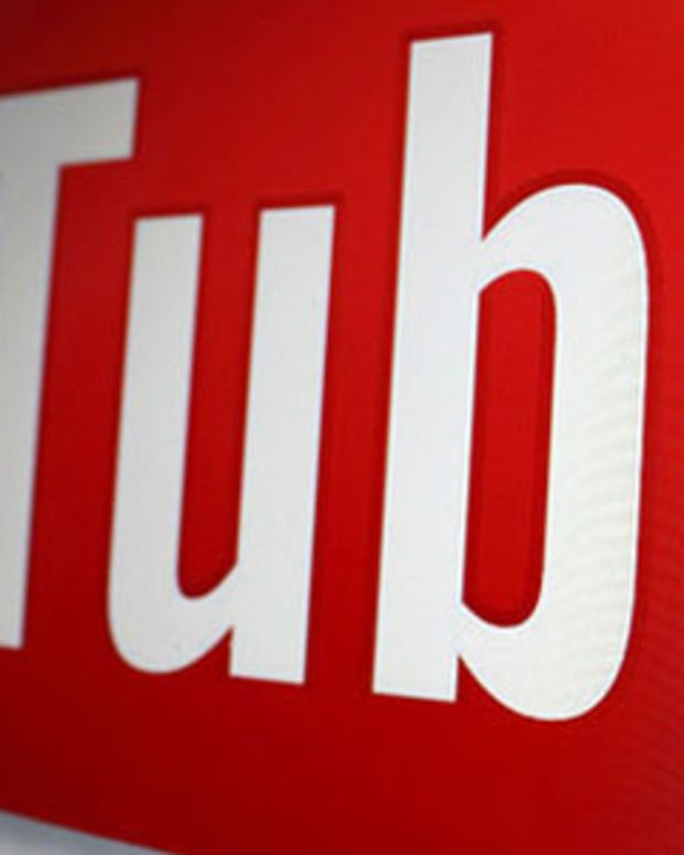 youtube Closeup slant logo
