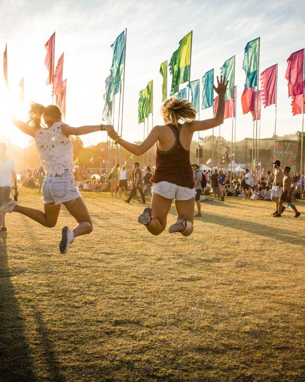 Austin City Limits 2015 Girls Jumping