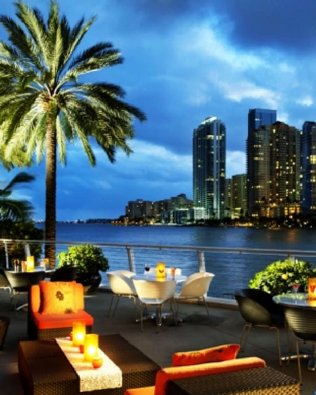 miami-nightlife-nightclubs.jpg