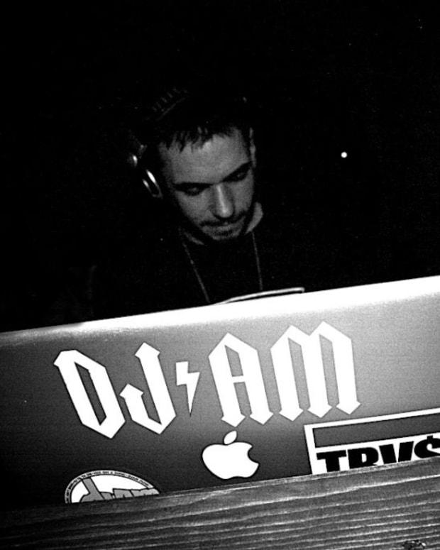 DJ AM by Niko 1 72dpi.jpg