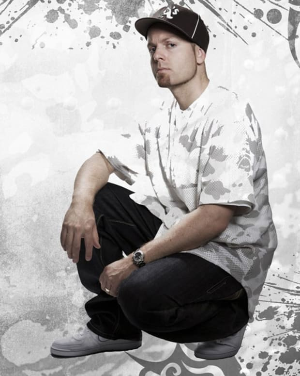 DJ Shadow Vows To Upload The Set That Got Him Booted Off The Decks In Miami