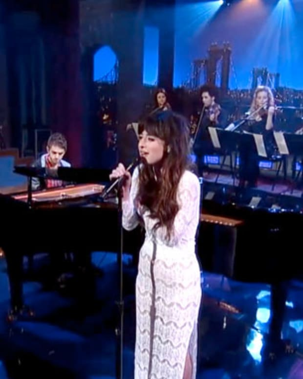"""Watch: Zedd and Foxes Perform """"Clarity"""" on David Letterman"""