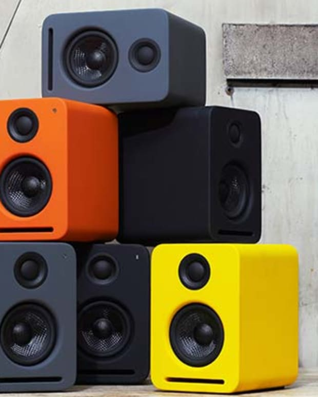 NS2 Air Monitors by Nocs—Self Powered Speakers For Your Desktop with AirPlay Technol