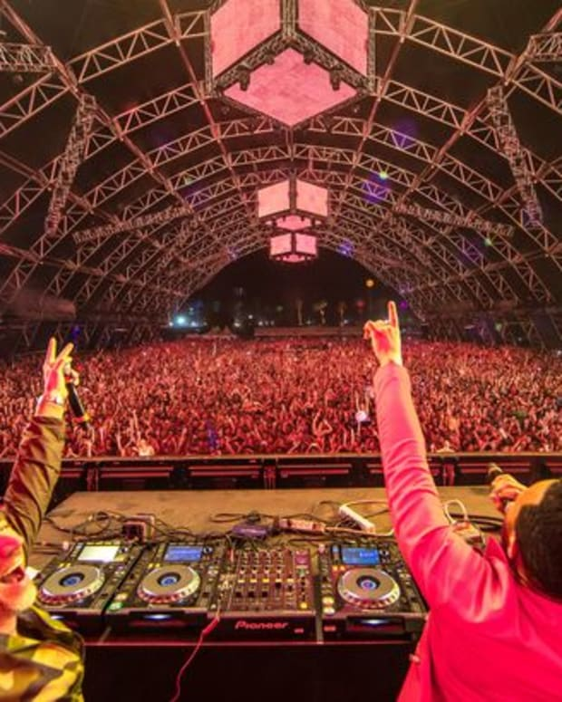 """EDM News: New Electronic Music And Video From Benny Benassi and John Legend """"Dance Away The Pain"""""""