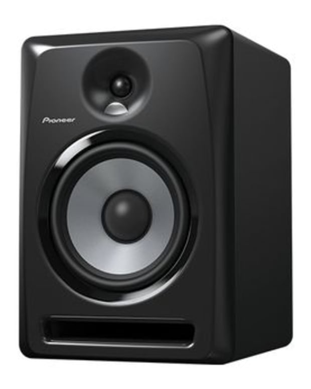 EDM Gear: Pioneer Releases S-DJX Speaker Series- A Versatile Speaker Line In EDM Culture