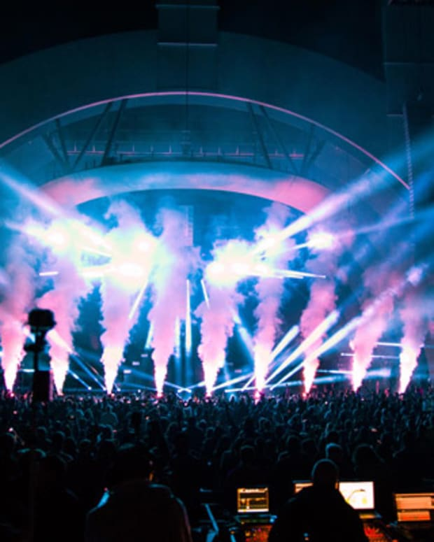 Avicii Takes The Stage At The Hollywood Bowl – EDM News