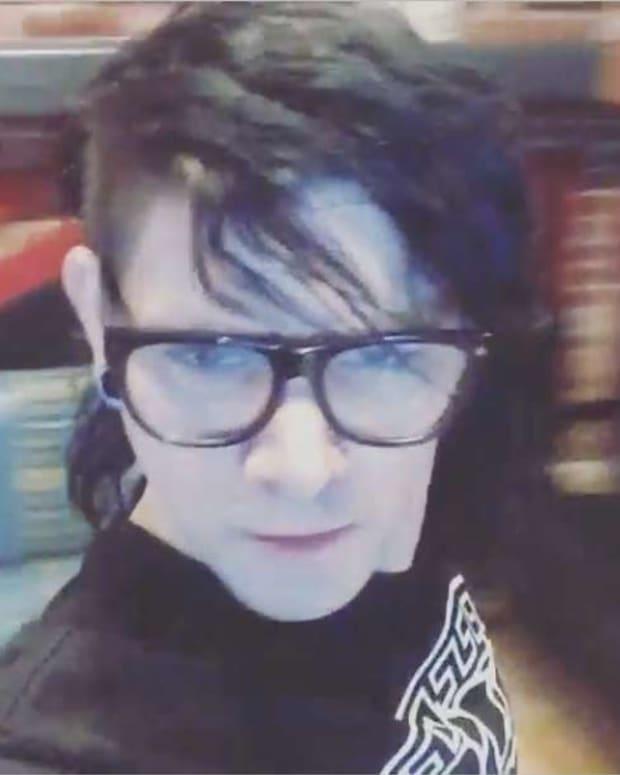 Watch Skrillex Selfie Lip Sync His New Electronic Music On Instagram