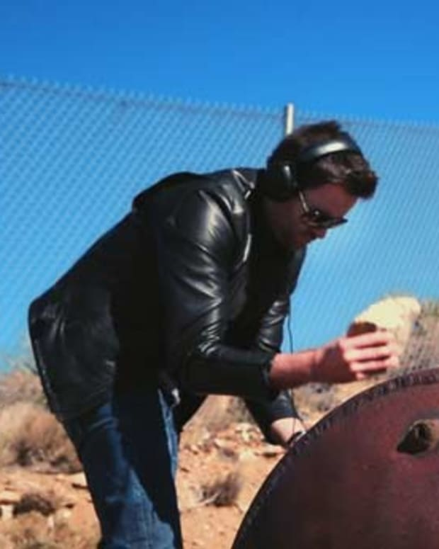 Premiere: Off The Grid, Featuring Gareth Emery- Episode Four