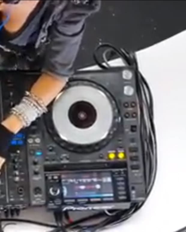 EDM Struggles: Model DJ Caught Faking The Funk - FACE PALM