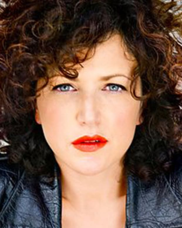 Annie Mac Wants Journalists To Stop Asking Her About Being A Woman DJ