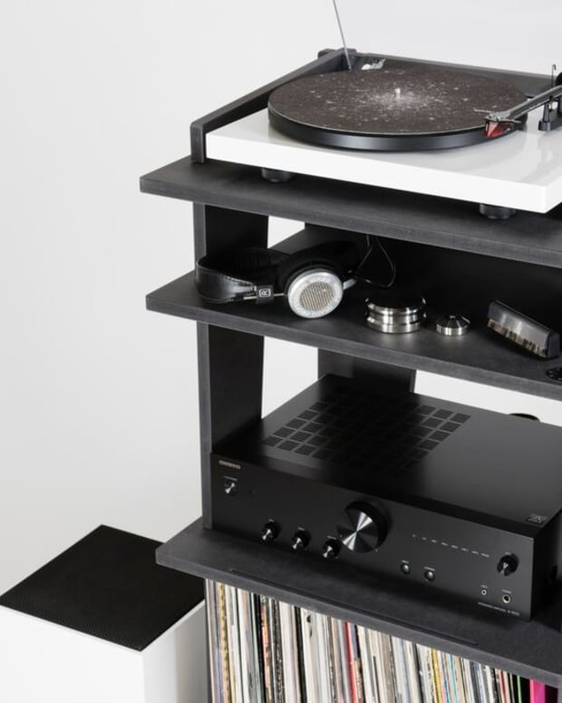 Turntable Station by Line Phono 1