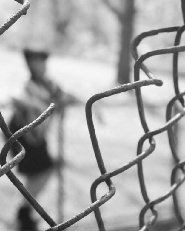 fence-475771_1280