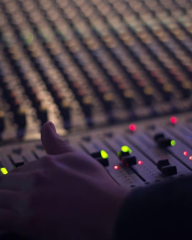 audio-1839162_1280