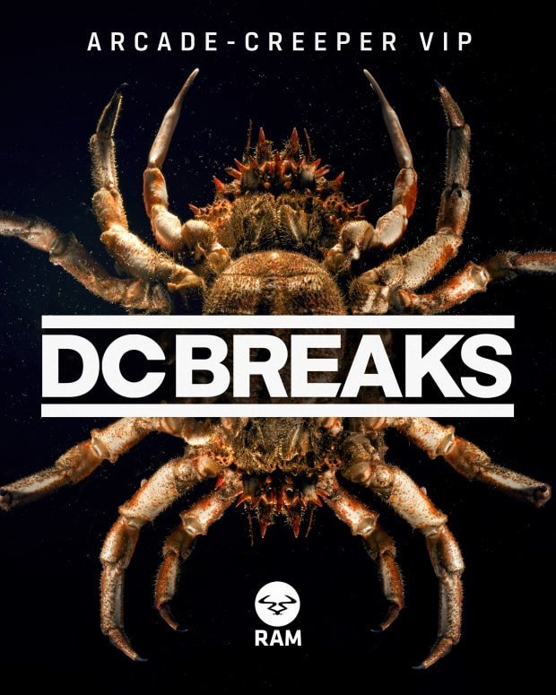 DCB_ARCADE_CREEPER_PACKSHOT.jpg
