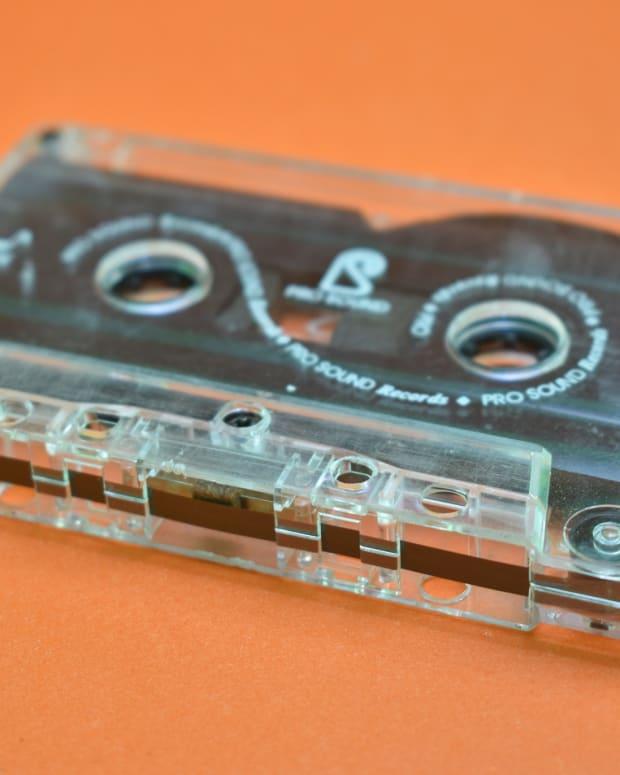 cassette-2744767_1920