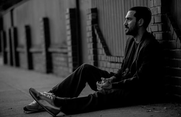 John Frusciante Shows Off His Studio, Details of Forthcoming Release