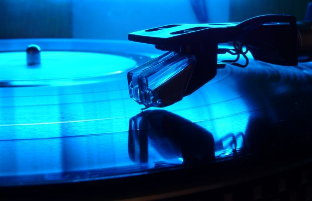 New Nanotechnology Can Prevent Scratches and Improve Sound Quality for Vinyl