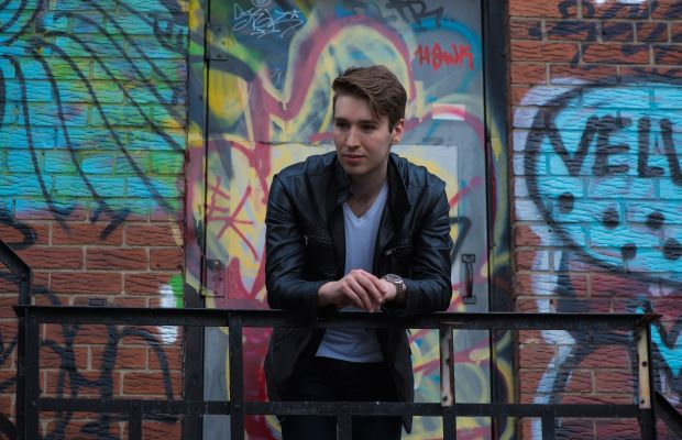 Premiere: Bensley Delivers Melodic Drum And Bass Single 'Slither' From New Album