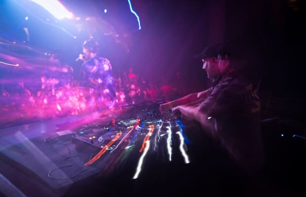 Lights Down Low's NYE 24 Hour Party People Giveaway