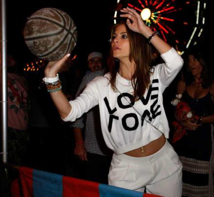 Maria Menounos Photo by Seth Browarnik (WorldRedEye.com)