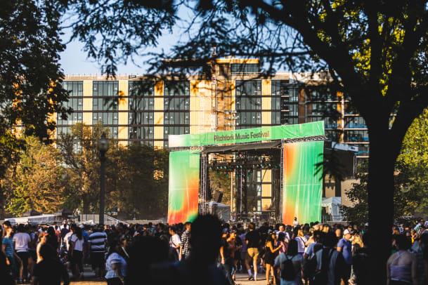 Pitchfork Fest Chicago 2021 - 01 - Union Park - Ian Young
