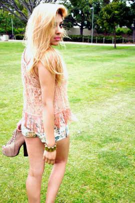 Floral Shorts: Heritage   Top: Forever 21   Necklace: Vintage   Bracelet: Vintage   Cross Earing: Flea Market   Shoes: Lolita Jeffrey Campbell