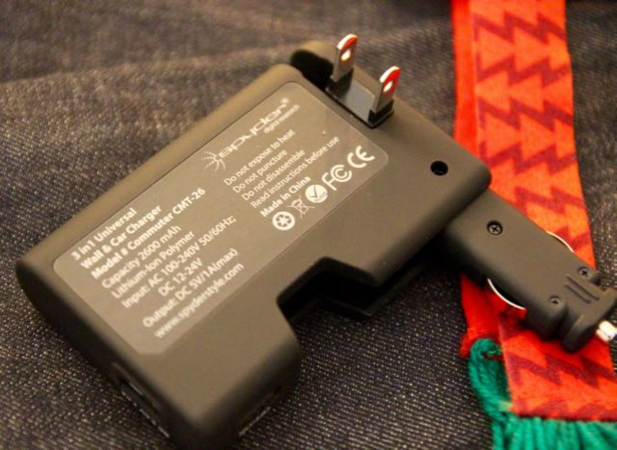 Spyder 3 x 1 Charger